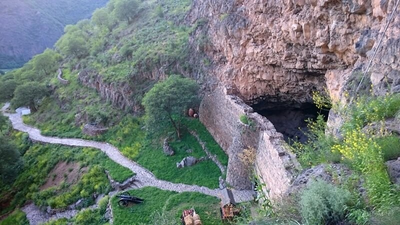 Active tour in Armenia Zarni Parni