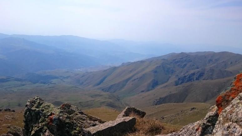 Hiking_Sevan_Armenia